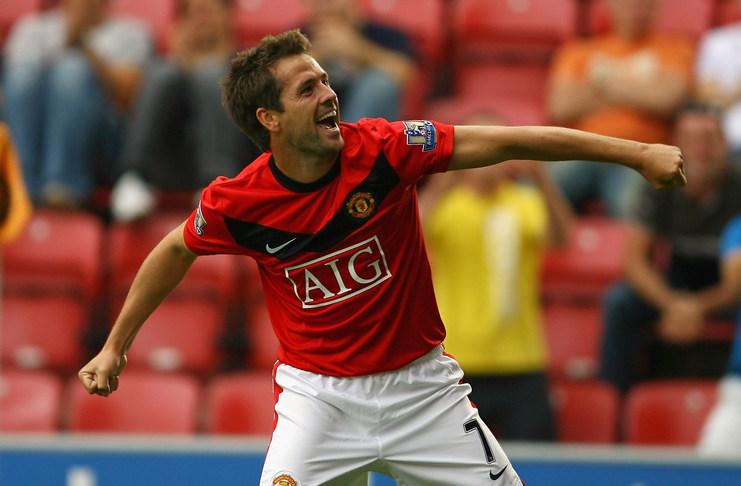 5 Penyebrang Dalam Laga Manchester United vs Liverpool - Michael Owen